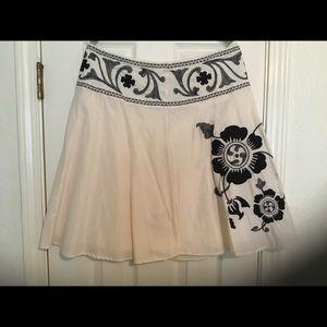 Bandolino  Women's Cream & Black Skirt, Lined, 10